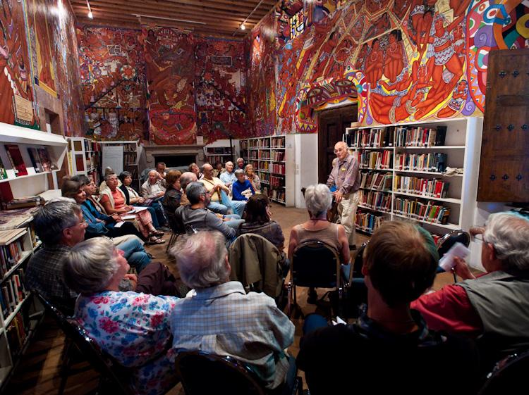 biblioteca publica San Miguel